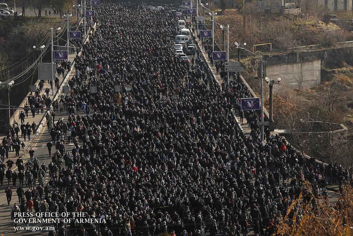 Photo of Фоторепортаж с сегодняшнего траурного шествия