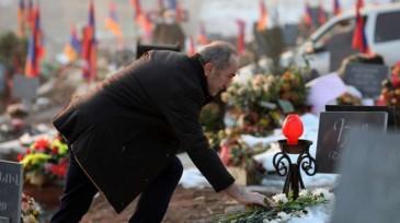 Photo of Экс-президент Армении Роберт Кочарян посетил Ераблур