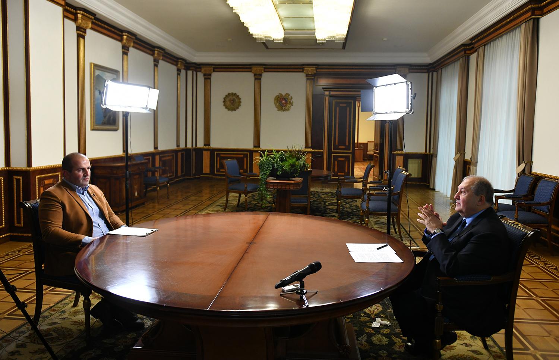 Photo of Կառավարությունը պետք է գիտակցի, որ կա ճգնաժամ և այդ ճգնաժամը հնարավոր է լուծել միայն համազգային ջանքերով. նախագահ Արմեն Սարգսյան