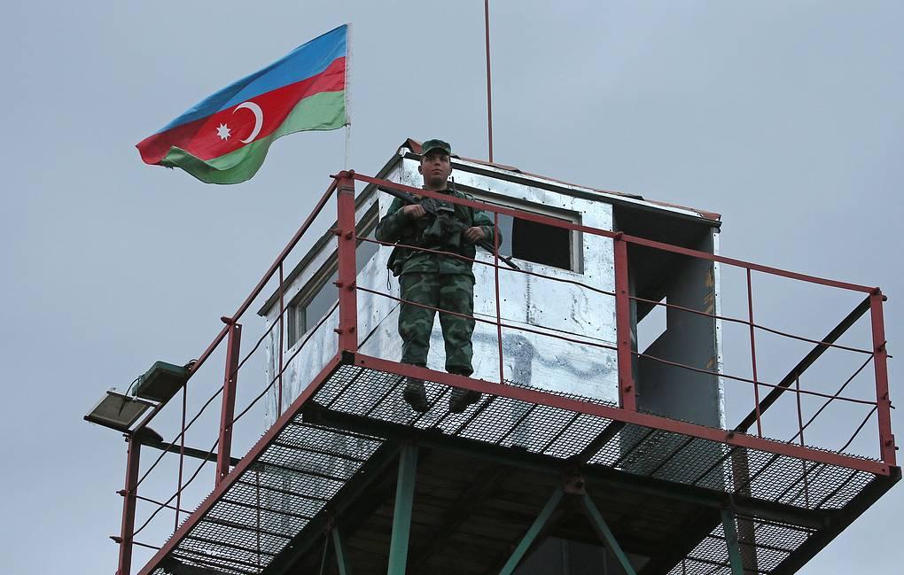 Photo of Азербайджан закрывает сухопутную границу с Россией
