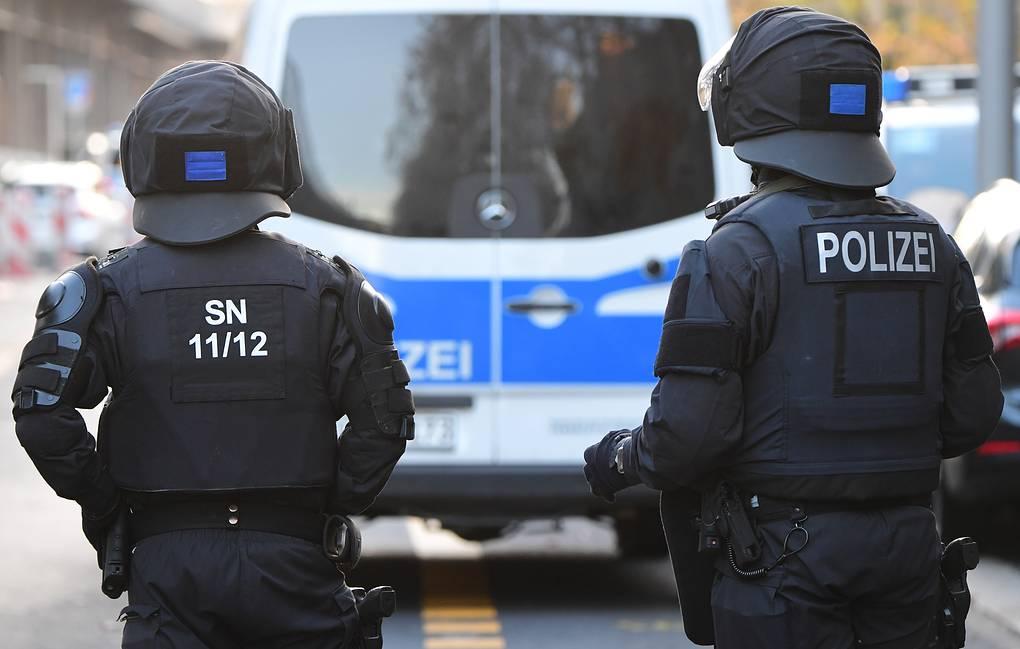 Photo of Bild: четыре человека пострадали при стрельбе в Берлине