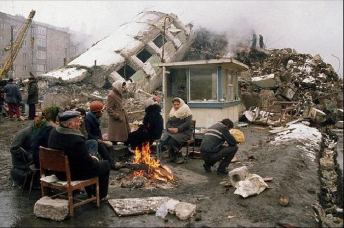 Photo of 32 տարի անց. աղետի գոտում դեռեւս մարդիկ կան, ովքեր ապրում են ժամանակավոր տնակներում ու ինքնաշեն կացարաններում