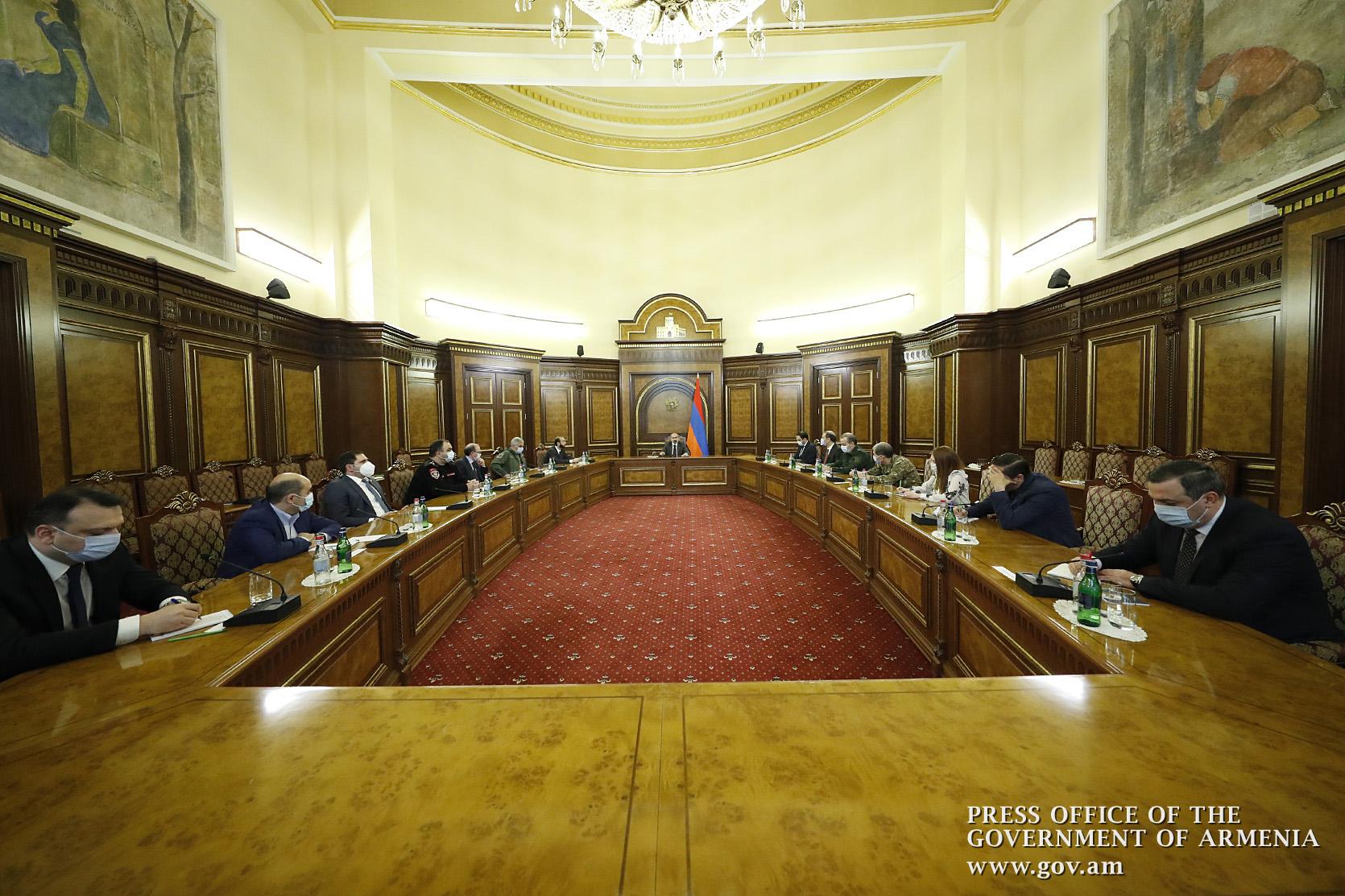 Photo of Пашинян рассказал на заседании Совбеза о решениях по Хцаберду и Хин Тахер в Арцахе