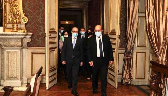 Photo of Արա Այվազյանը հանդիպում է Ֆրանսիայի ԱԳ նախարարի հետ