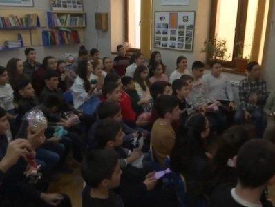 Photo of Ռուս երեխաները ղարաբաղցի դպրոցականներին ամանորյա նվերներ են ուղարկել