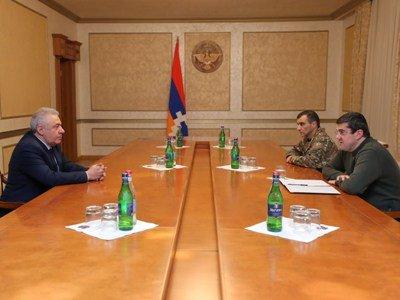 Photo of Вагаршак Арутюнян встретился с президентом Арцаха