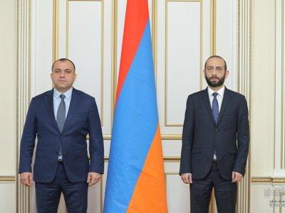 Photo of Արարատ Միրզոյանը հանդիպել է ՍԴ նախագահի հետ