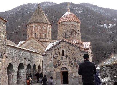 Photo of Армянские паломники посетили Дадиванк ․ В церкви отслужили литургию.