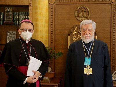 Photo of Արամ Ա-ն հանդիպել է պապական նվիրակի հետ. քննարկվել է Արցախի հարցը