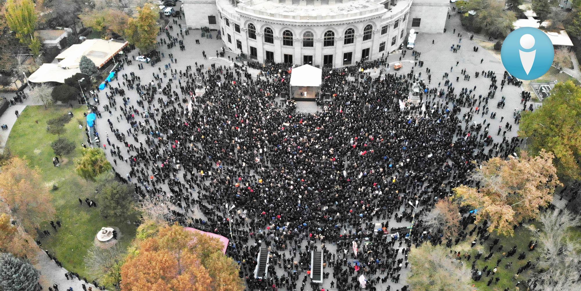 Photo of ԻՔՄ հաղորդագրությունը դեկտեմբերի 5-ի հանրահավաքի մասնակիցների քանակի վերաբերյալ