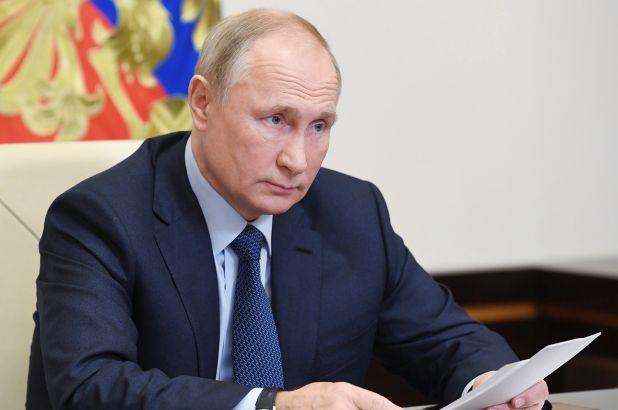 Photo of Путин подписал закон о штрафах за нарушение деятельности НКО, признанными иноагентами