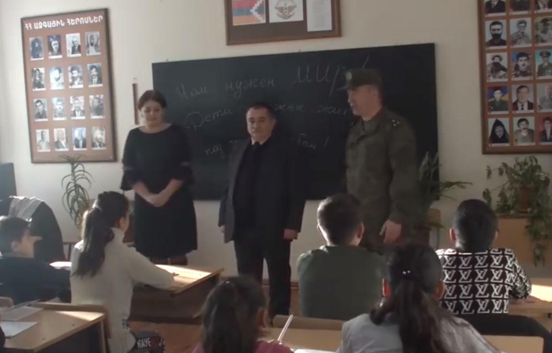 Photo of Российские миротворцы восстановили работу ещё в одной школе Степанакерта.