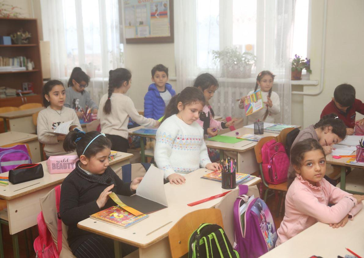 Photo of Աստիճանաբար վերաբացվում են Արցախի մայրաքաղաքի նախակրթարաններն ու հանրակրթարանները