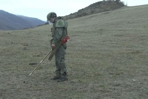 Photo of Ռուս խաղաղապահներն Արցախում ականազերծել են 480 հա տարածք, 182 կմ ճանապարհ, 710 շինություն