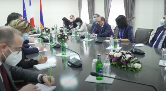 Photo of ՀՀ ԱԳ նախարար Արա Այվազյանի հանդիպել է Ֆրանսիայի արտաքին գործերի պետքարտուղար Ժան-Բատիստ Լըմուանի հետ