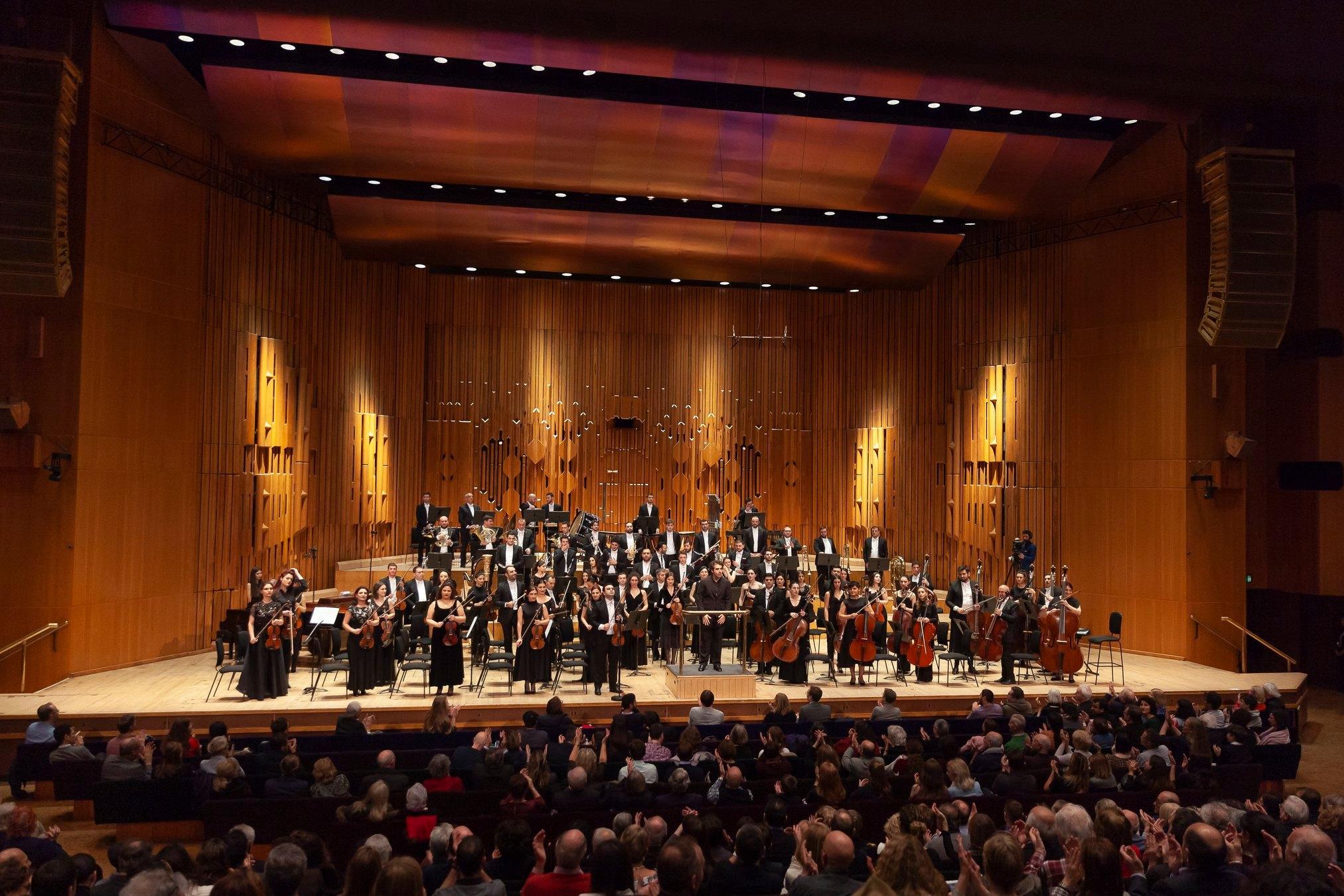Photo of Սիմֆոնիկ նվագախումբը' ստեղծելով գեղեցիկ ավանդույթներ' աշխարհին է ներկայացնում հայկական երաժշտարվեստը