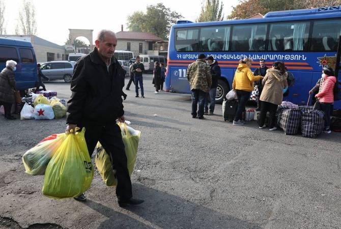 Photo of Խաղաղապահների ուղեկցությամբ Լեռնային Ղարաբաղ է վերադարձել 49 հազար 638 փախստական