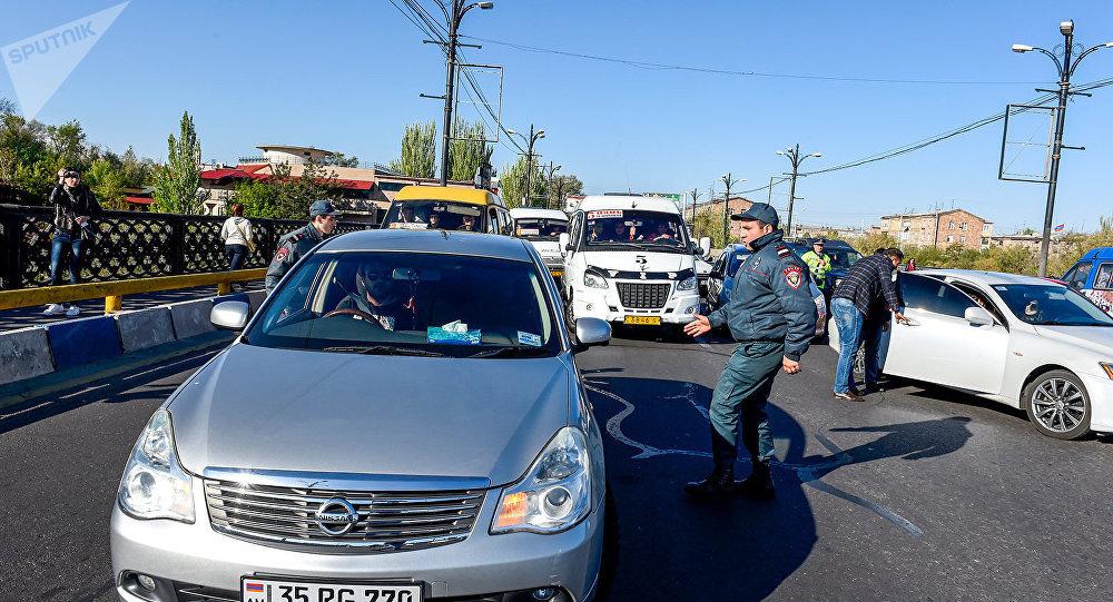 Photo of Ավտոմեքենաներին այլևս տեխզննման կտրոններ պետք չեն․ ԱԺ-ն որոշեց