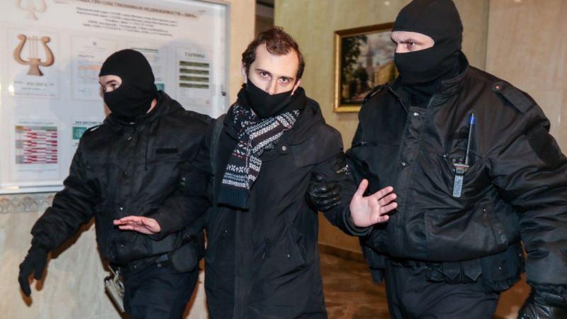 Photo of Նավալնիի եղբայրը և մի շարք այլ անձինք բերման են ենթարկվել. լայնածավալ խուզարկություններ Մոսկվայում