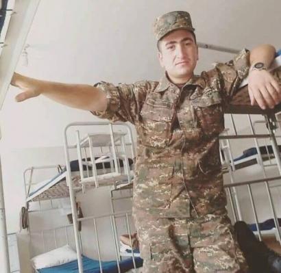 Photo of Ձեզ բացակա չենք դնի. 18-ամյա և 22-ամյա զինվորները նահատակվեցին մինչև ատամները զինված թուրք-ադրբեջանական հրոսակների դեմ պայքարում՝ անառիկ պահելով իրենց վստահված դիրքերը