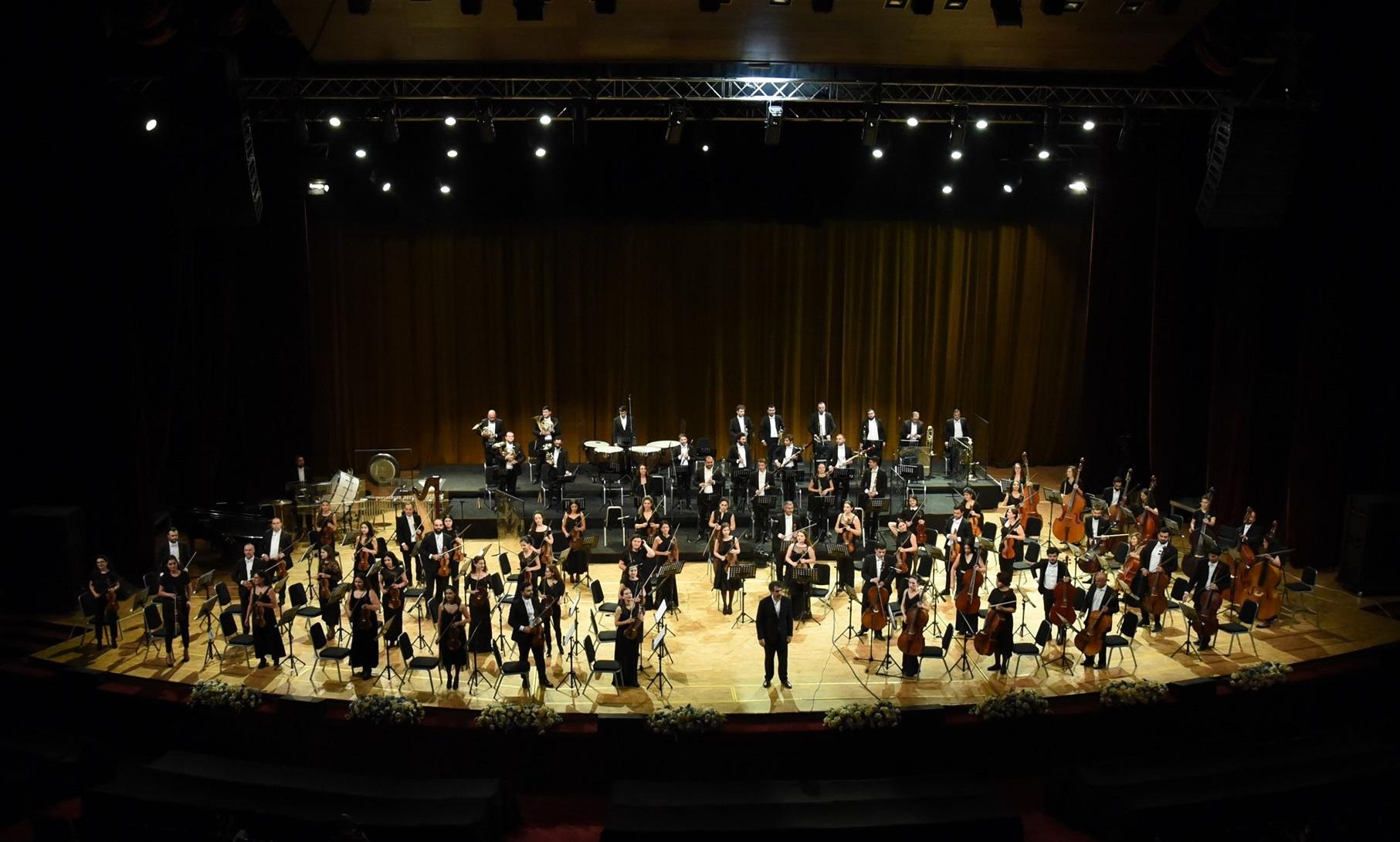 Photo of Հայաստանի պետական սիմֆոնիկ նվագախումբը 15 տարեկան է. հարուստ կենսագրություն, ինքնատիպ հնչողություն, հանդիսատեսի սեր և ձեռքբերումներով լի 15 տարի