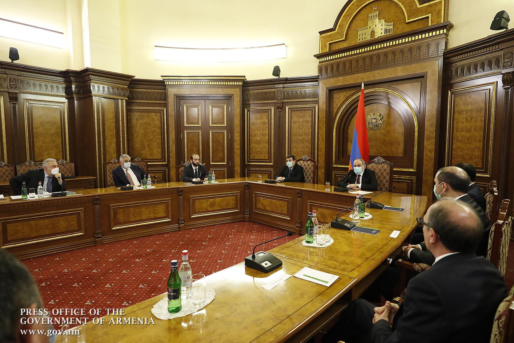 Photo of Վարչապետի գլխավորությամբ տեղի է ունեցել Անվտանգության խորհրդի նիստ