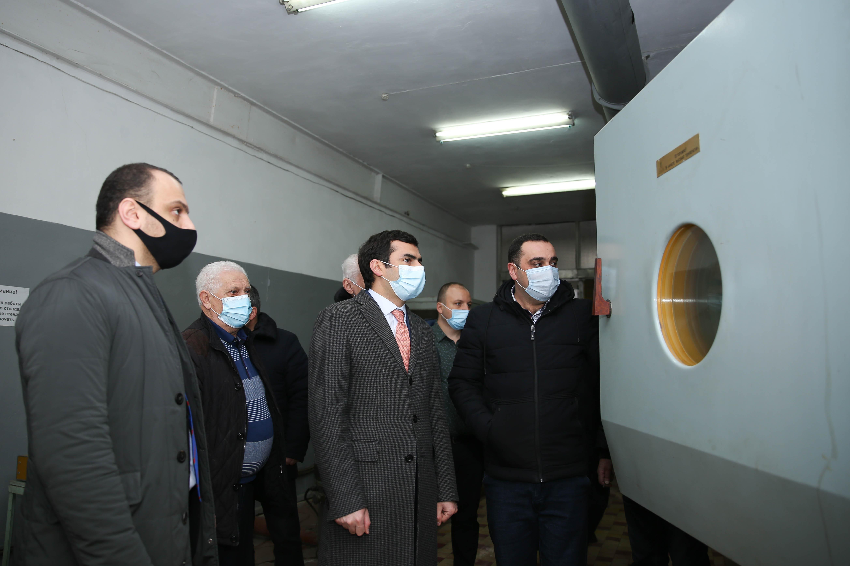 Photo of Հակոբ Արշակյանն այցելել է Էջմիածնի սարքաշինական գործարան