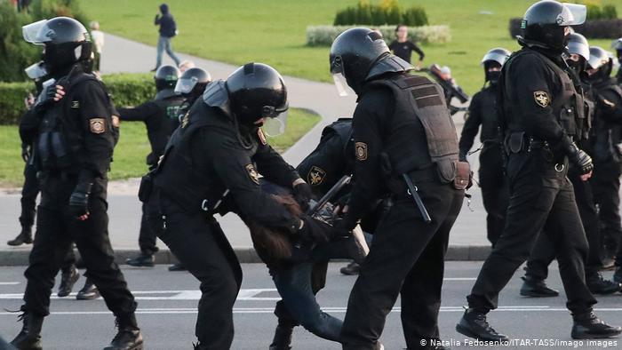 Photo of Российские и международные правозащитники представили доклад о пытках в Беларуси