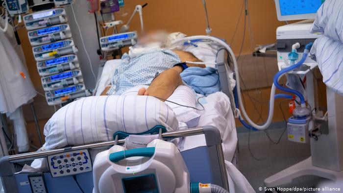 Photo of В ФРГ количество смертей от коронавируса превысило 40 тысяч