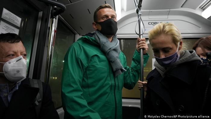 Photo of Полиция просит суд арестовать Навального на 30 суток