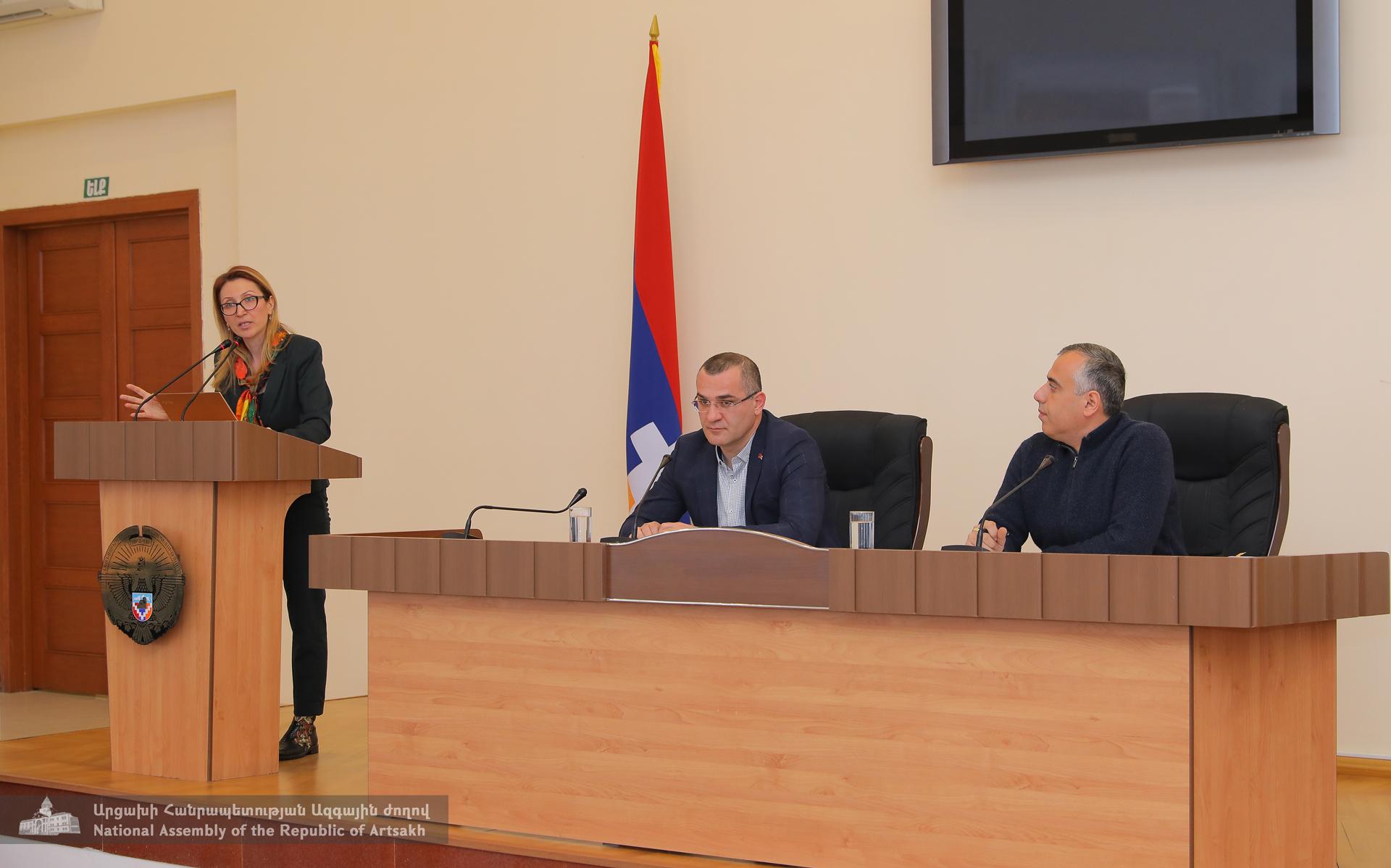 Photo of Արցախի ԱԺ սոցիալական և առողջապահության հարցերի ու ֆինանսաբյուջետային և տնտեսական կառավարման հարցերի մշտական հանձնաժողովների համատեղ նիստ