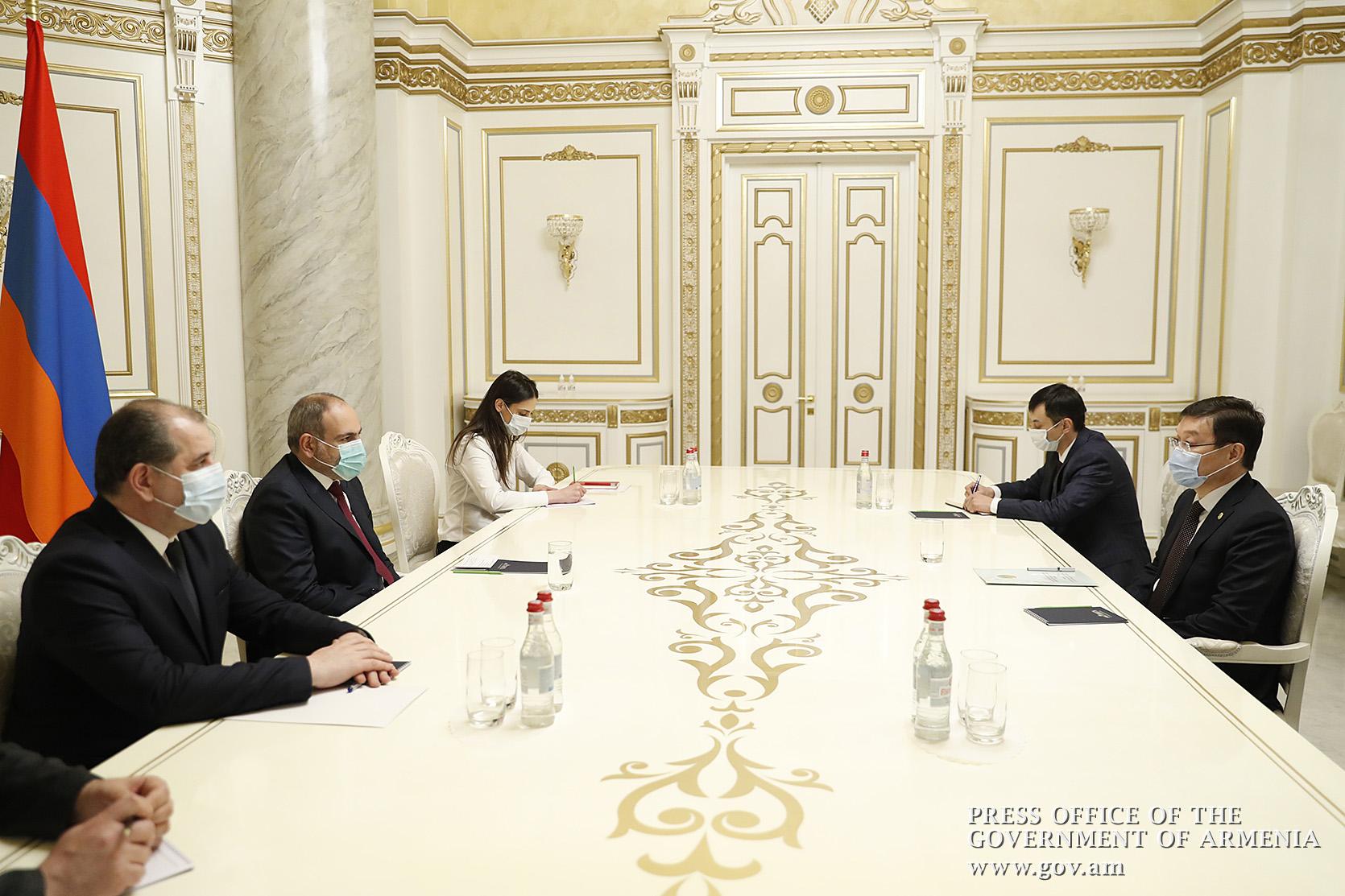 Photo of Հայ-ղազախական տնտեսական կապերը զարգացման լավ նախադրյալներ ունեն. վարչապետը հրաժեշտի հանդիպում է ունեցել դեսպան Ուրազաևի հետ