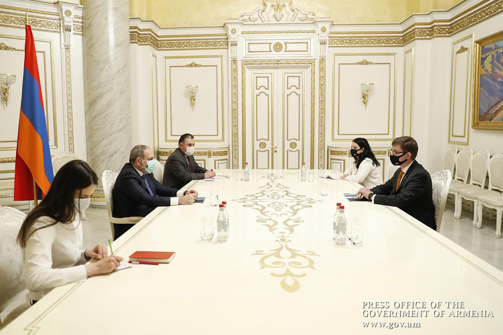Photo of Վարչապետը և Նիդերլանդների դեսպանը քննարկել են երկկողմ կապերի զարգացման օրակարգը