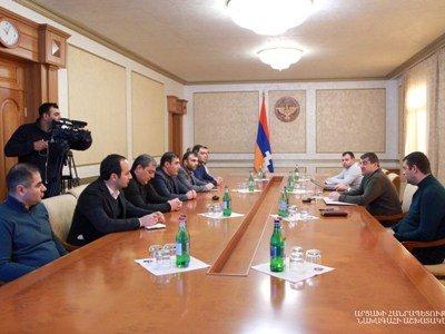 Photo of Արցախի նախագահն ընդունել է ՀՀ-ից ժամանած մի խումբ բժիշկ-փորձագետների