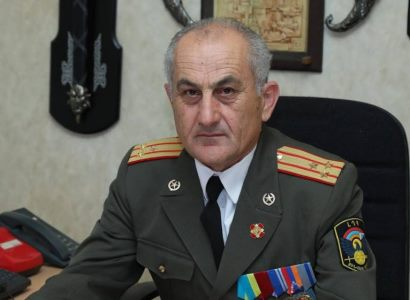 Photo of Сенор Асратян: Необходимо воспользоваться опытом и возможностями «бывших» — президентов и генералов