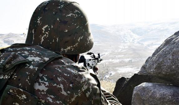 Photo of ՀՀ պետական սահմանի հայ-ադրբեջանական շփման գծի ամբողջ երկայնքով շարունակվել է պահպանվել կայուն օպերատիվ իրավիճակ