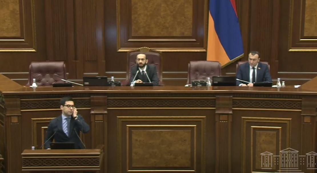 Photo of ԱԺ-ն շարունակում է իր աշխատանքը. օրակարգում 16 հարց է. ՈՒՂԻՂ