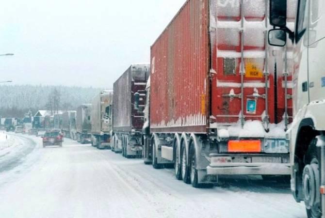 Photo of Լարսի մոտ՝ ռուսական կողմում կա կուտակված մոտ 615 բեռնատար ավտոմեքենա
