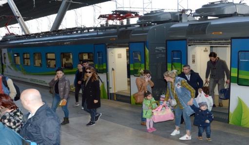 Photo of Փետրվարի 7-10-ը չեղարկվում են Երևան-Գյումրի-Երևան ցերեկային գնացքները. ՀԿԵ