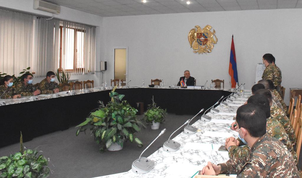 Photo of ՀՀ պաշտպանության նախարարն այցելել է ռազմական համալսարան