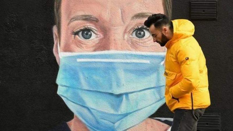 Photo of Коронавирус в мире: полмиллиона умерших в США, Британия начинает осторожный выход из локдауна