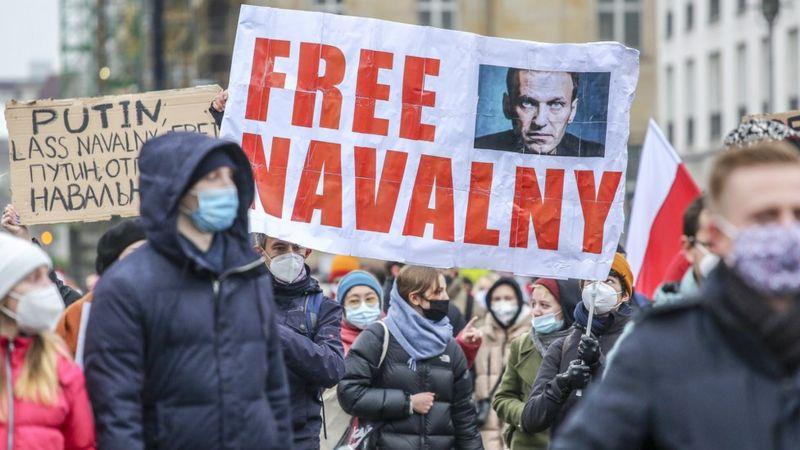 Photo of «Отпор, сдерживание, сотрудничество». ЕС вводит новые санкции против России из-за Навального