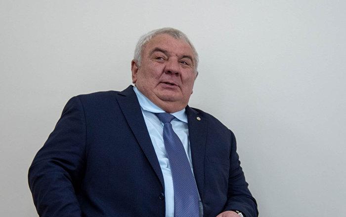 Photo of ՀՀ ԶՈՒ ԳՇ նախկին պետ Յուրի Խաչատուրովը միացել է Ազատության հրապարակում ընթացող ընդդիմության հանրահավաքին