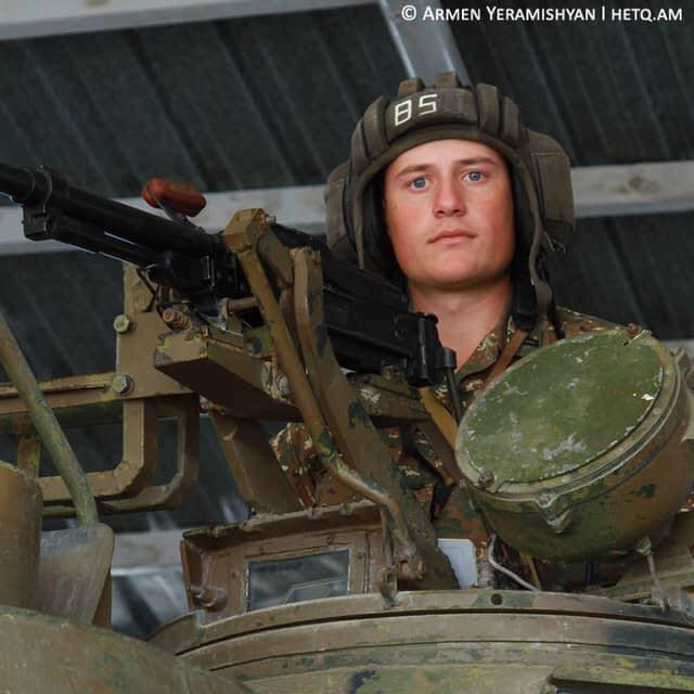 Photo of «До того, как пойти в армию, Самвел всегда говорил: «Я должен служить, я должен поехать в Карабах, если я не буду защищать нашу страну, кто должен делать это за меня?». Сказал и сделал»