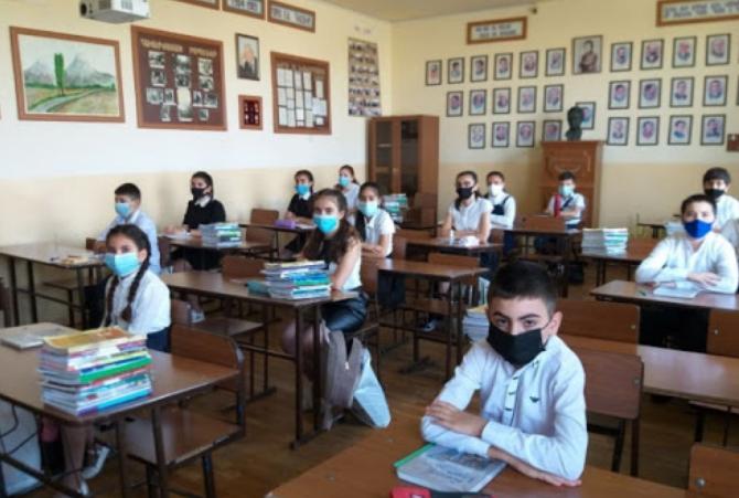 Photo of Մեղմացվել են դպրոցներում և մանկապարտեզներում կիրառվող որոշ սահմանափակումներ. ԿԳՄՍՆ
