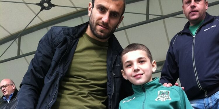 Photo of Յուրա Մովսիսյանը բարի գալուստ է մաղթել Էդուարդ Սպերցյանին Հայաստանի հավաքականում