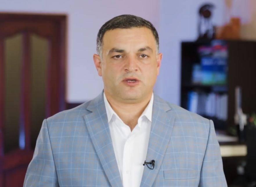 Photo of Мэр Степанакерта призывает сердобольных людей участвовать в ликвидации последствий войны
