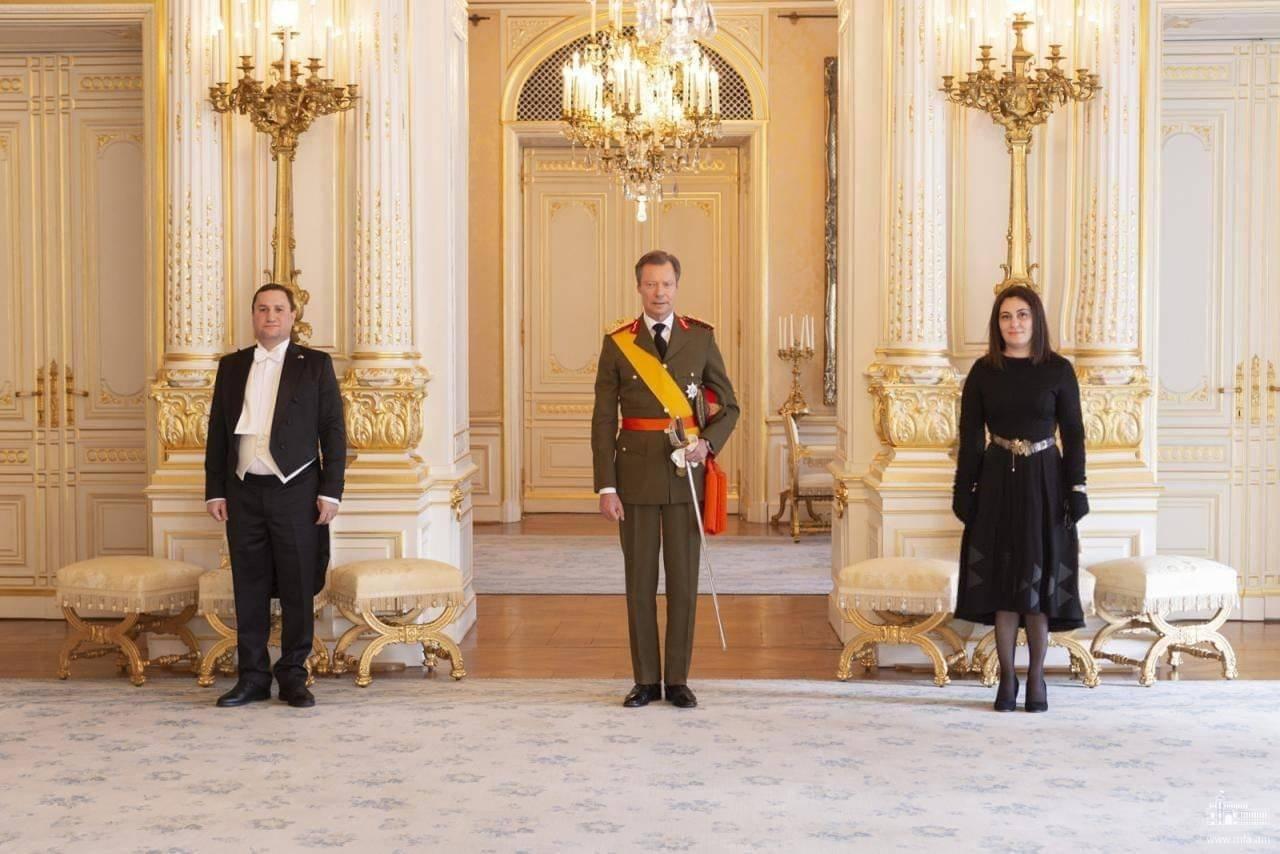 Photo of Դեսպան Բալայանն իր հավատարմագրերը հանձնեց Լյուքսեմբուրգի Մեծ Դուքս Հենրիին
