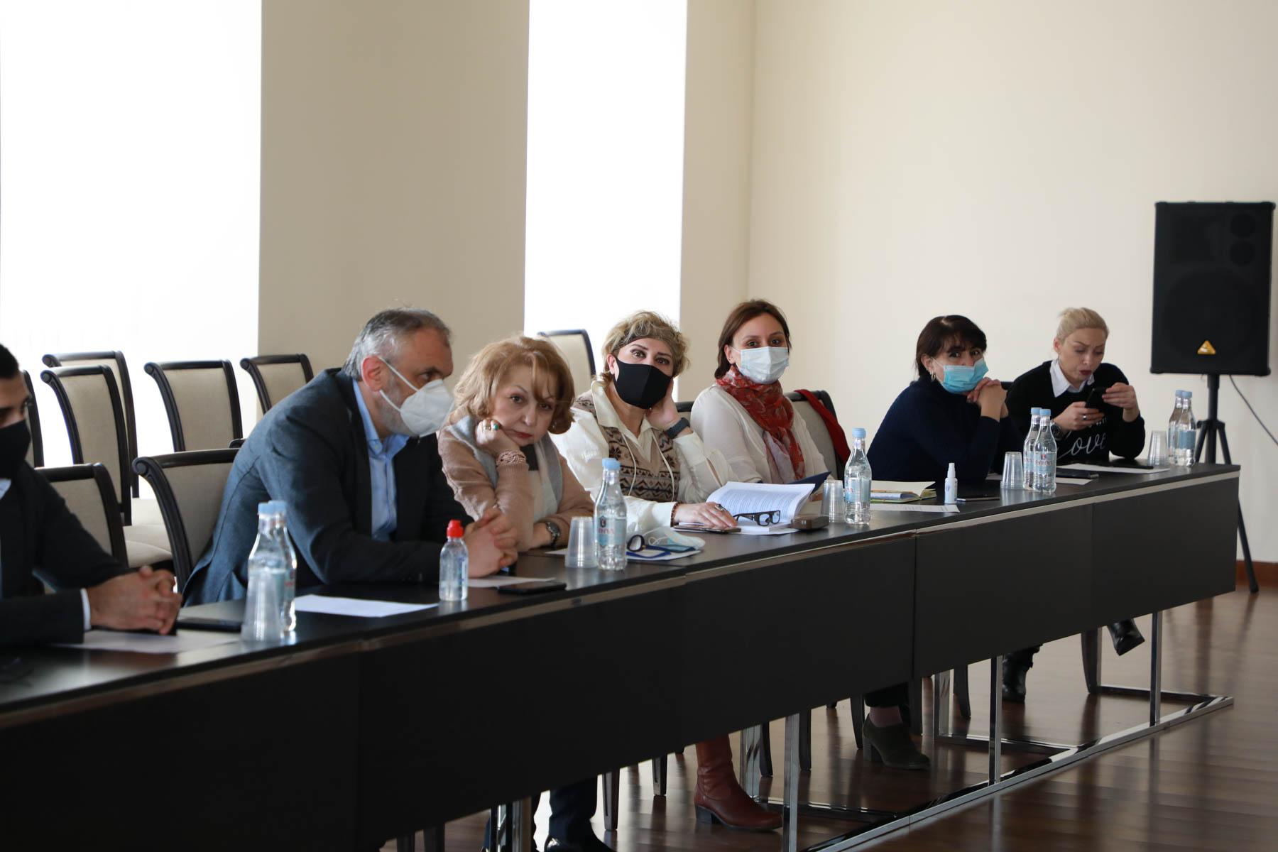 Photo of ԿԳՄՍ նախարարին կից հասարակական խորհրդի նիստում քննարկվել է ուսուցիչների կամավոր ատեստավորման ծրագրի նախագիծը