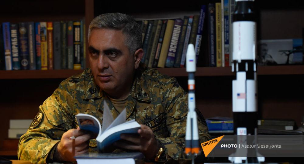 Photo of «Թաքուն լացել եմ, հետո դուրս եկել եթեր». հարցազրույց Արծրուն Հովհաննիսյանի հետ